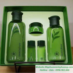 Set-duong-da-tra-xanh-innisfree-green-tea-balancing-skin-care-ex-713x702