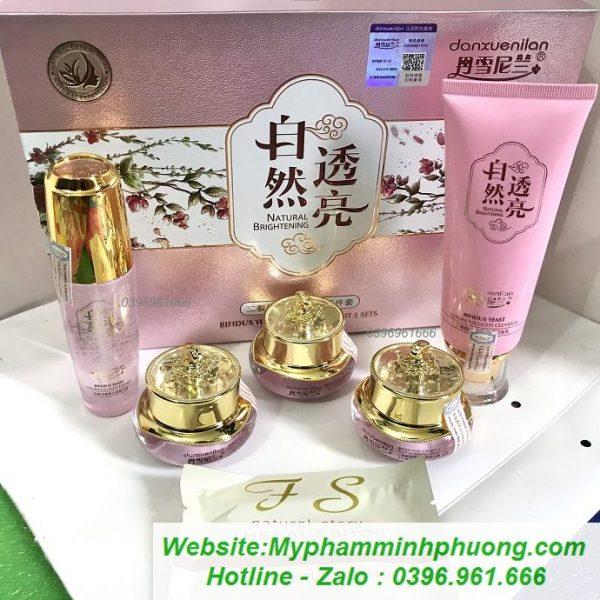 Bo-danxuenilan-hoang-cung-hong-mau-moi-2020-tri-nam-tan-nhang-690x690